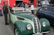 Jízda historických vozidel